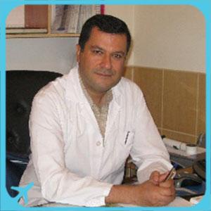الدكتور علي وفائي متخصص في زراعة الشعر في طهران ايران