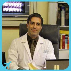 الدكتور غلام رضا نادري متخصص في طب و جراحة العظام و المفاصل في ايران