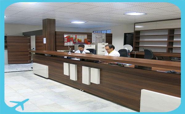 قبل المرضى الأجانب وتخديم أفضل خدمات السياحة الطبية لهم في مستشفى مهر في مشهد ايران