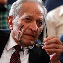وفاة الدكتور خدادوست الأب الروحي لـطب العيون في ايران | آريا مدتور