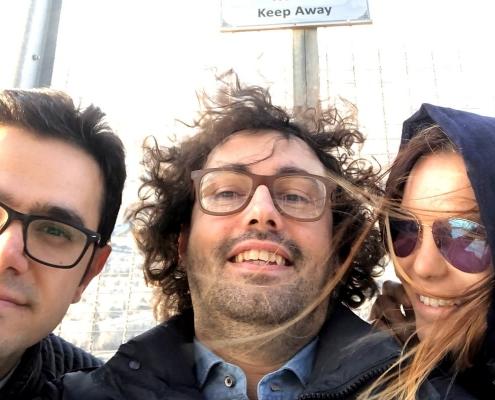 سيلفي للمدير التنفيذي لشركة آريا مدتور مع جوليا ولوكا في برج ميلاد