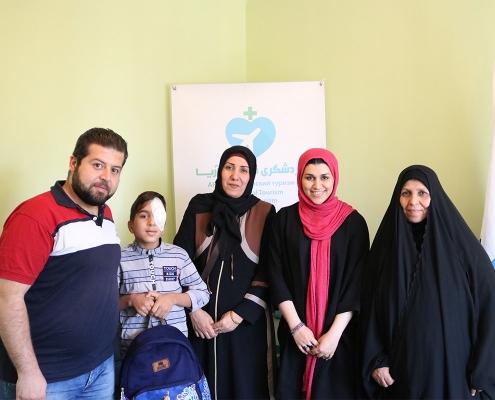 ضيوفنا من العراق مع مترجمي اللغة العربية في شركة آريا مدتور