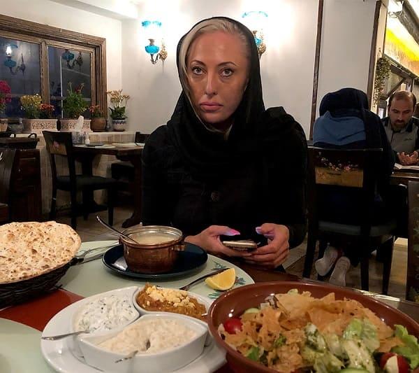 مفاجأة أريا ميدتور في عيد ميلاد مريضة استرالية جاءت الى ايران