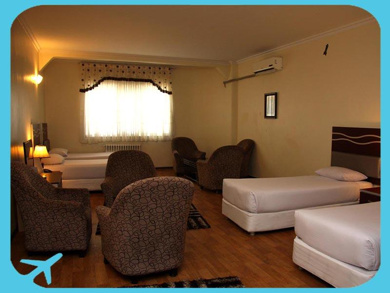 غرف واسعة في فندق ورزش في طهران
