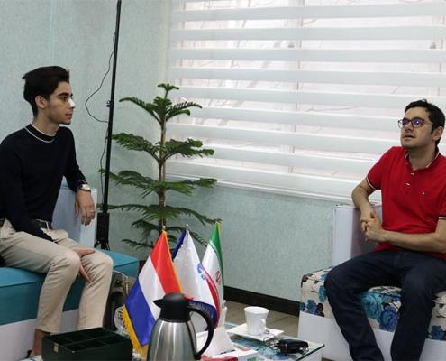 مروان من هولندا يتحدث مع مدير شركة آريا مدتور في ايران