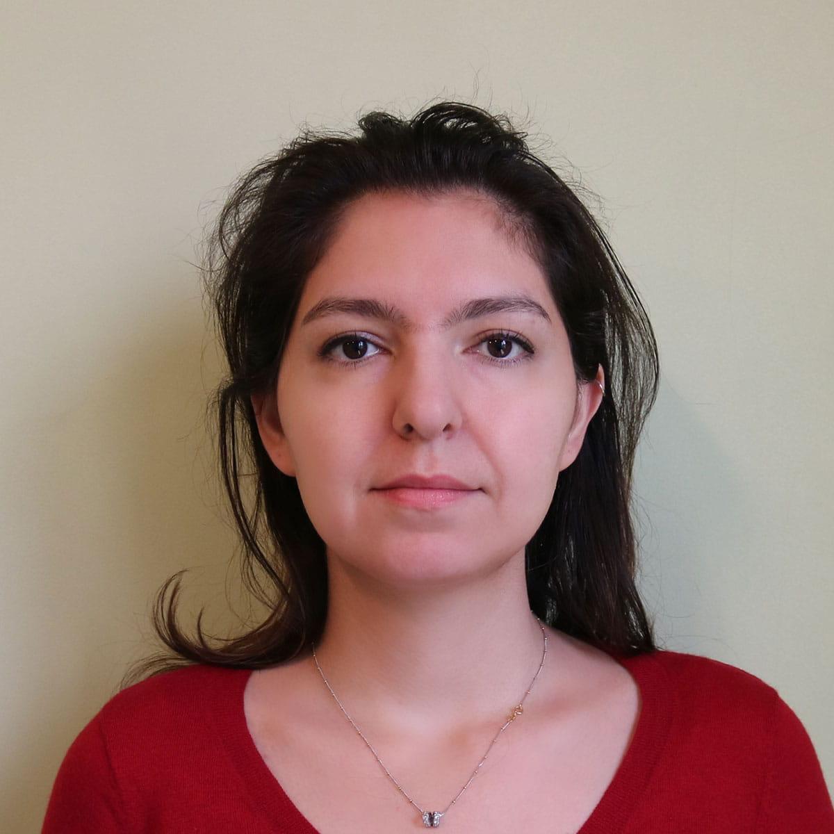 نموذج الصورة الشخصية للنساء غير المحجبات من أجل فيزا ايران