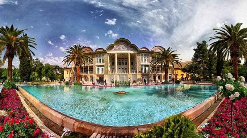 حديقة إرم في شيراز إحدى عجائب ايران