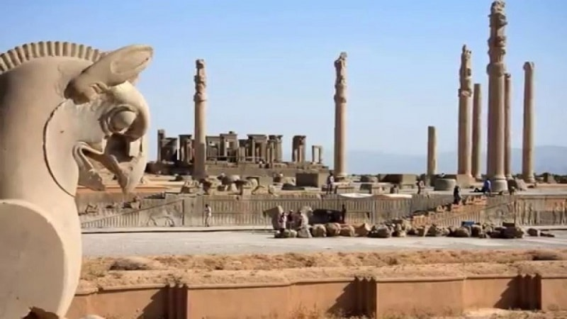 برسيبوليس أحد عجائب ايران