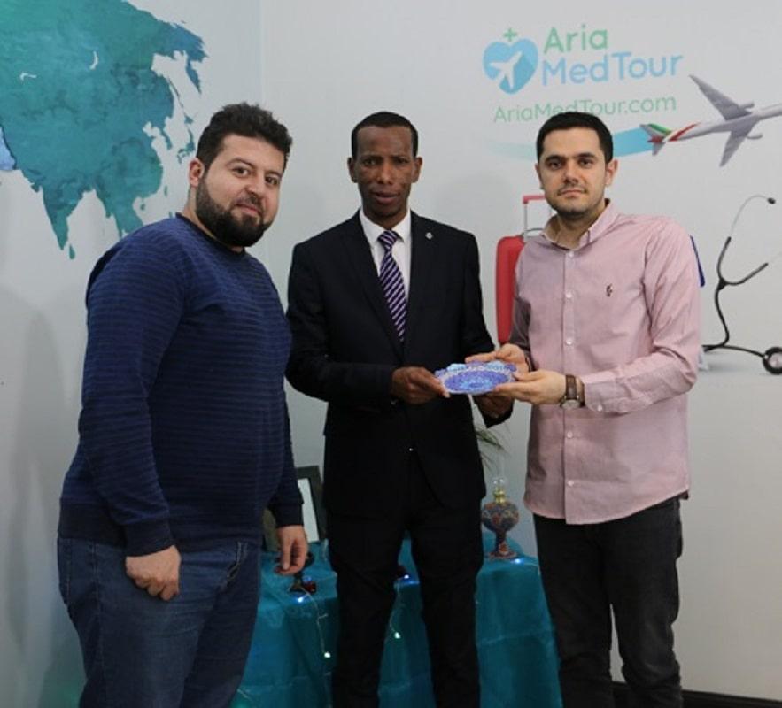 احمد من اثيوبيا في آريا مدتور في ايران