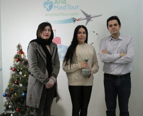 تجربة تكبير الثدي في ايران لمريضة من بلاروسيا