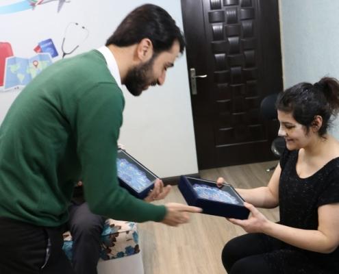 سميرا من الدانمارك في شركة آريا مدتور في ايران