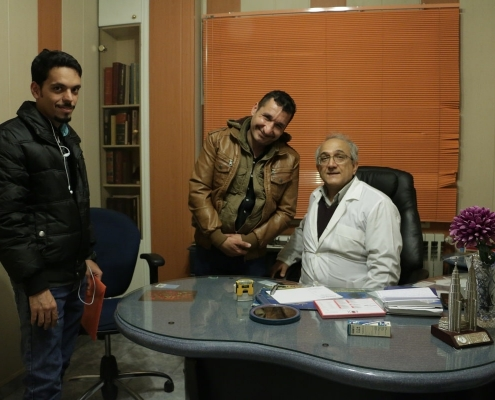 مريض من العراق مع دكتور تجميل الانف في ايران