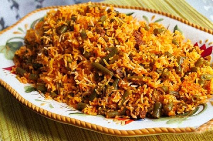 الأرز مع الفاصولياء واللحم