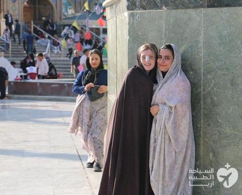 ايميل من استراليا مع مترجمتها في رحلة سياحة طبية في ايران