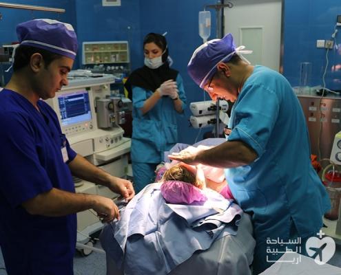 عملية تجميل الانف في ايران لشابة من استراليا