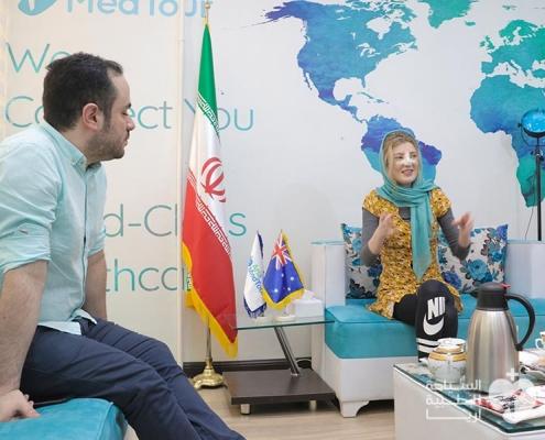 شابة استرالية تجري عملية تجميل الانف في ايران