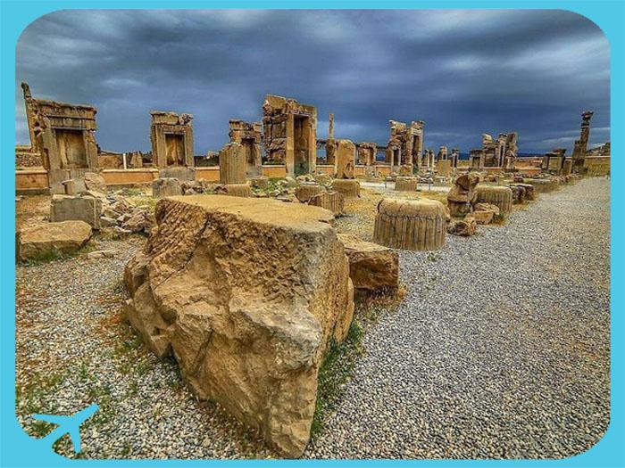 جانب من آثار برسبوليس في شيراز