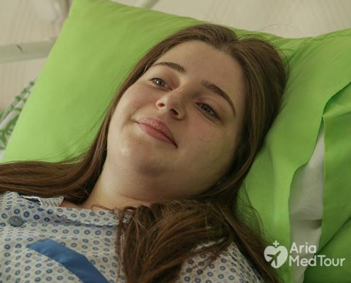 شابة من هولندا بعد عملية تكميم المعدة في ايران