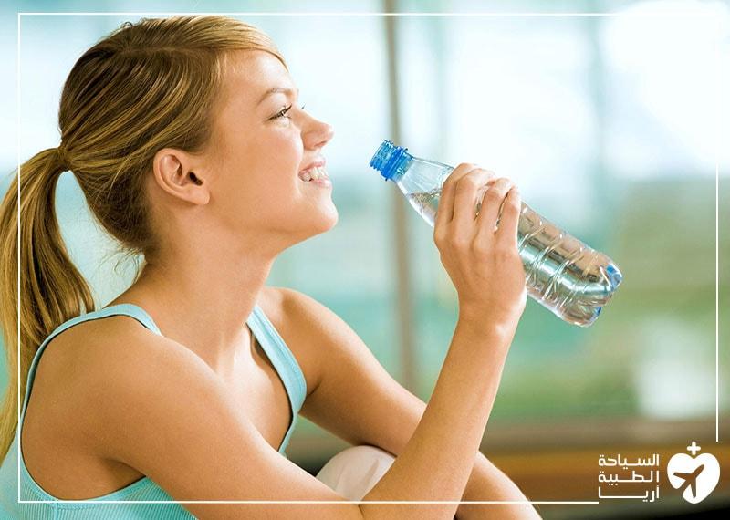 شرب الماء بعد شفط الدهون