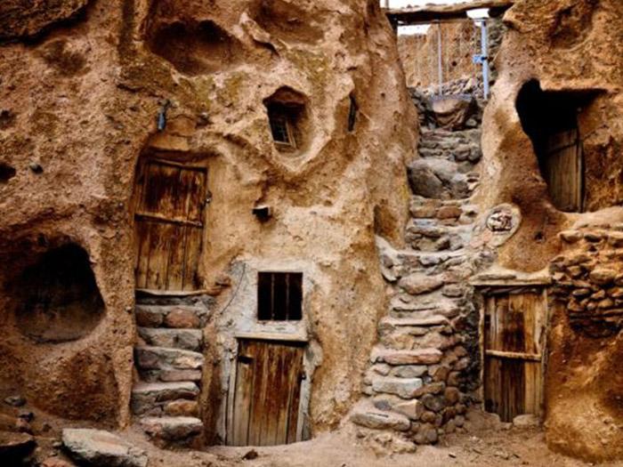 قرية كندوفان من المواقع السياحية الهامة في تبريز