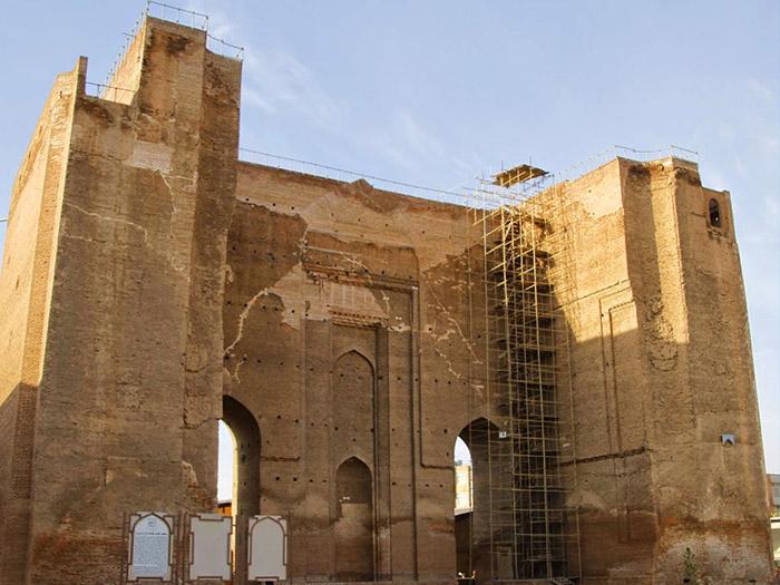 قلعة تبريز من المواقع السياحية التاريخية في تبريز