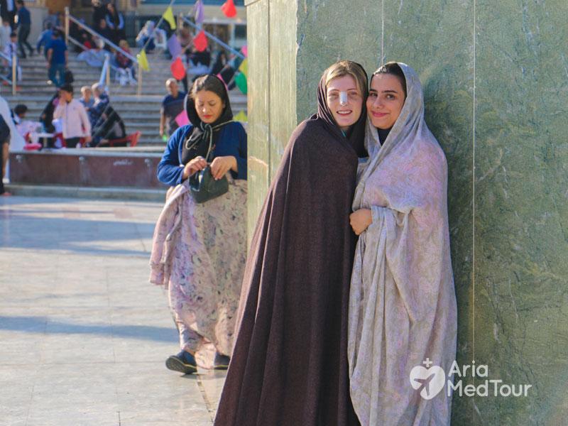 اللباس التقليدي في الأماكن الدينية في ايران