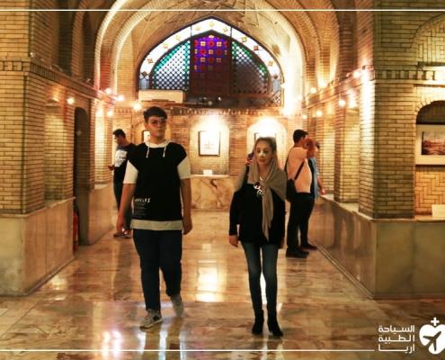 زيارة الاماكن التاريخية مع إجراء عملية الانف في ايران