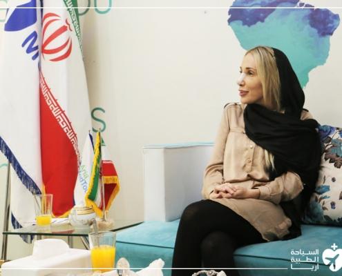 ألكساندرا من أستراليا في شركة آريا مدتور في ايران