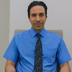 الدكتور شاهرخ عطاريان