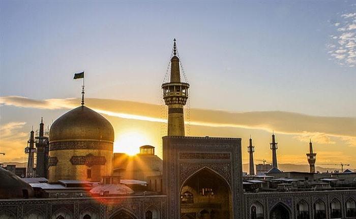 حرم الإمام الرضا في مشهد ايران