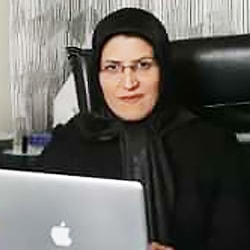 الدكتورة معصومة سعيدي متخصصة في الاذن والانف والحنجرة في ايران