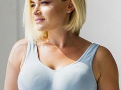 زراعة الثدي أو حقن الدهون ايهما افضل