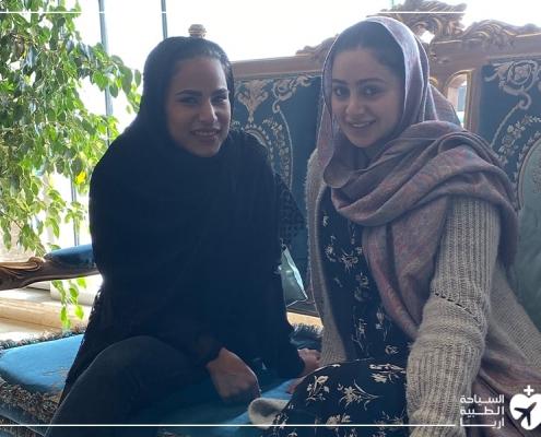 المترجم المرافق للمريض في ايران