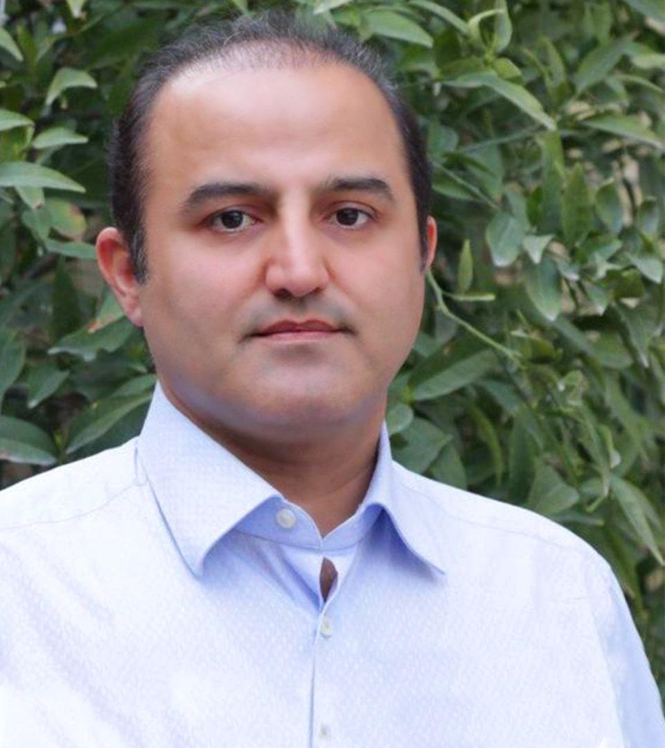 د. حميد رضا حسناني جراح تجميل الانف في ايران