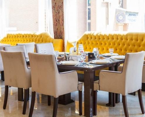 المطعم في فندق نيلو في طهران
