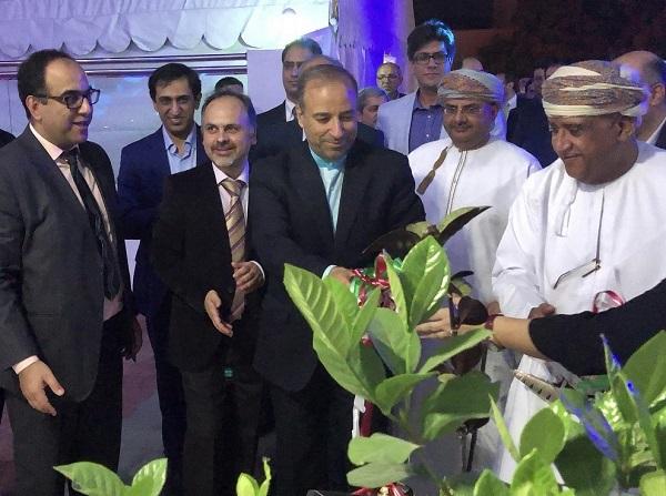 معاون سفیر ایران در عمان در افتتاحیه کلینیک دندان پزشکی
