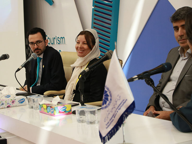 ماریا جورجیا، هادی شجاری، اکبر بهنامجو و رضا جمیلی-سخنران کنفرانس بین المللی گردشگری سلامت کشورهای عضو اکو