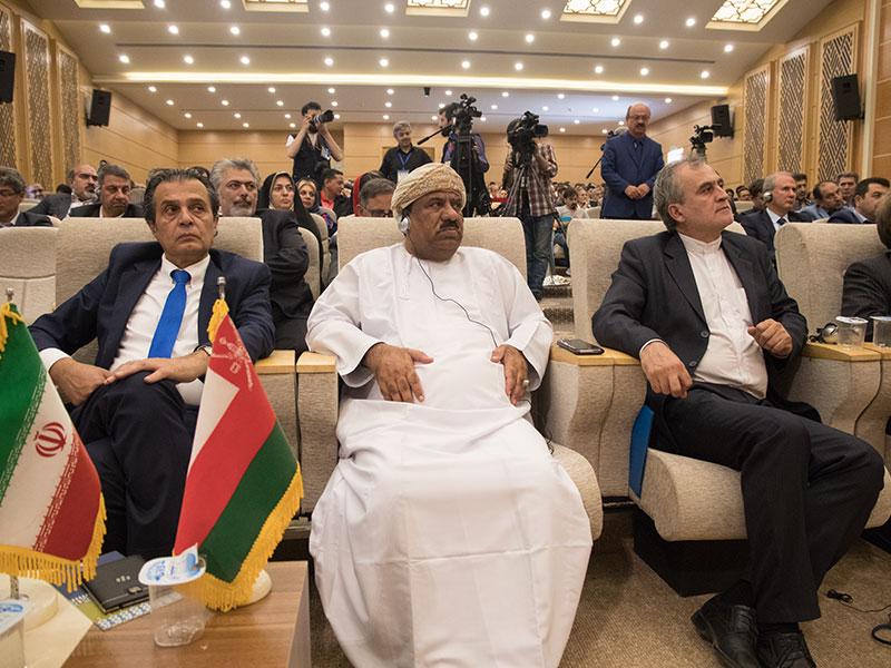 مدعوین کنفرانس از کشورهای حاشیه خلیج فارس