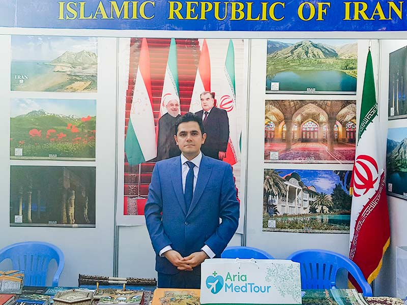 حضور محمد نصری بنیانگذار آریامدتور در غرفه ایران در نمایشگاه بین المللی گردشگری در تاجیکستان