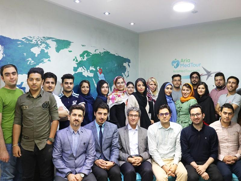 حضور دکتر سعید هاشمزاده رییس اداره گردشگری سلامت وزارت بهداشت در جمع آریامدتوریها
