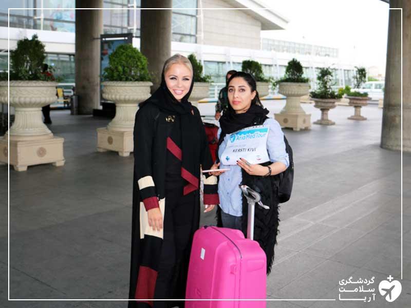 گردشگر غیر ایرانی در فرودگاه امام خمینی