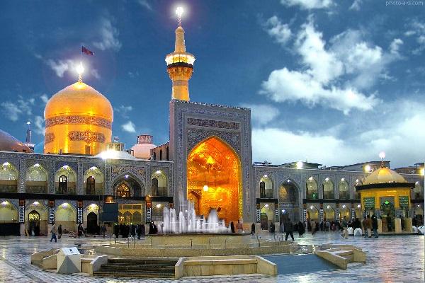 نمایی از مرقد امام رضا در قطب گردشگری مذهبی ایران شهر مشهد