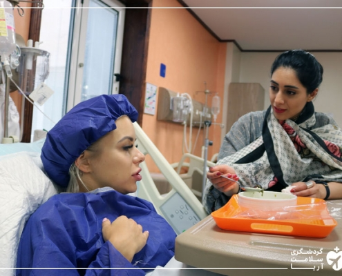 مترجم درمانی شرکت گردشگری سلامت آریا همراه گردشگر سلامت