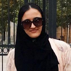 دختر تاجیک برای عمل بینی در تهران