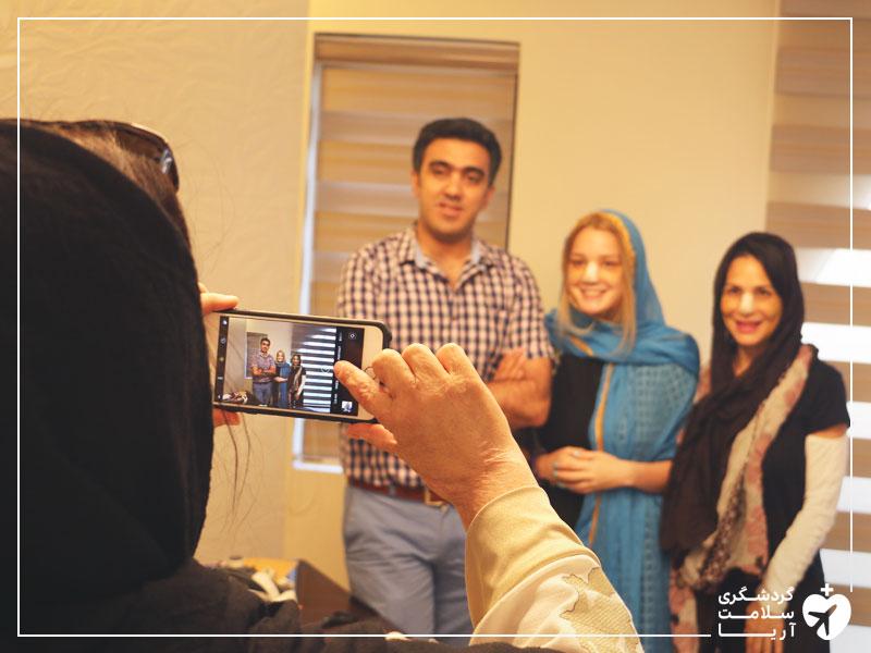 عمل جراحی مادر و دخر آمریکایی در ایران
