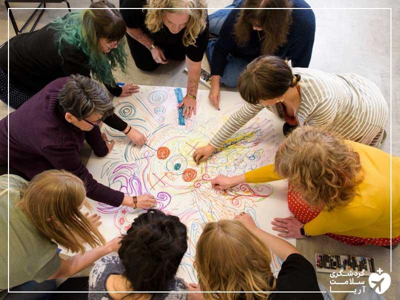 هنر درمانی در دهکده سلامتی