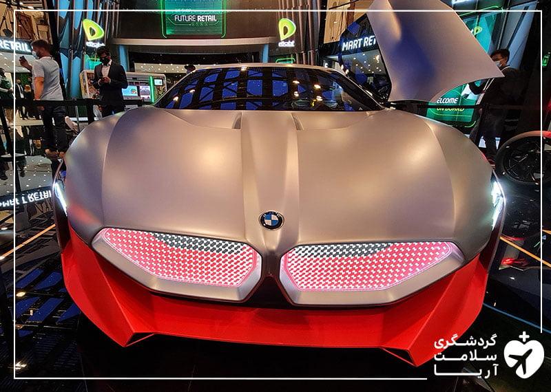 یک عدد ماشین bmw در نمایشگاه جیتکس 2020 دبی