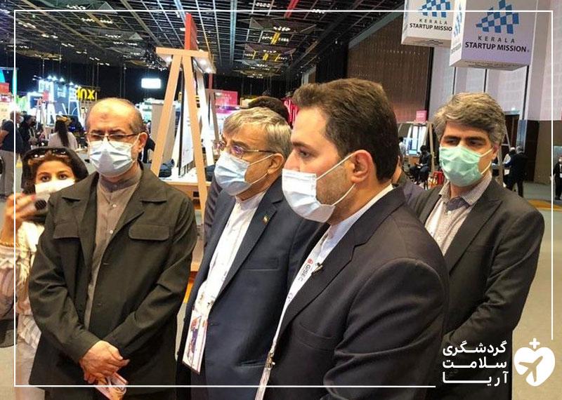 بازدید دکتر سیدمحمد حسینی، سفیر ایران در کشور امارات، و دکتر علی وحدت، رییس صندوق نوآوری و شکوفایی ریاست جمهوری از غرفه آریامدتور در نمایشگاه جیتکس 2020 دبی