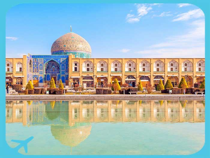 naghsh-e jahan square isfahan top tourist attraction
