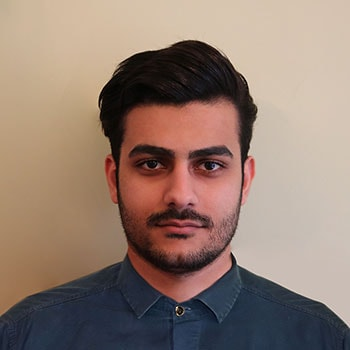 sample personal photo for men showing face and neck for Iran visa application